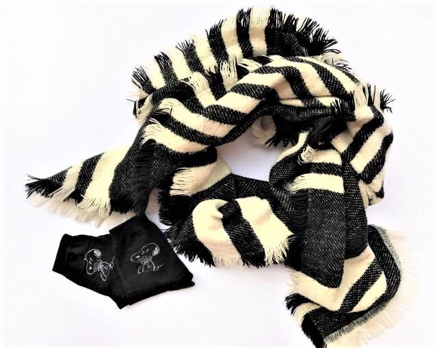scarf-socks